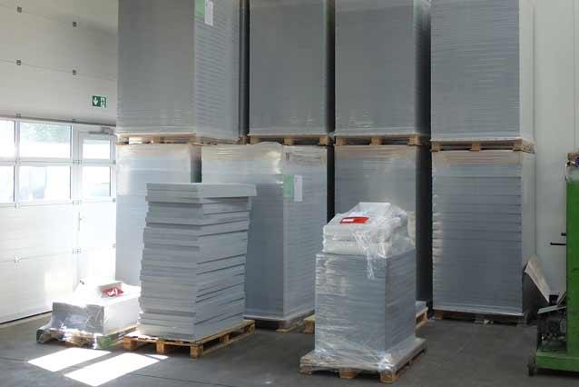ignis GmbH - Lager für Kalziumsilikatplatten